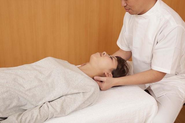 頭蓋骨治療