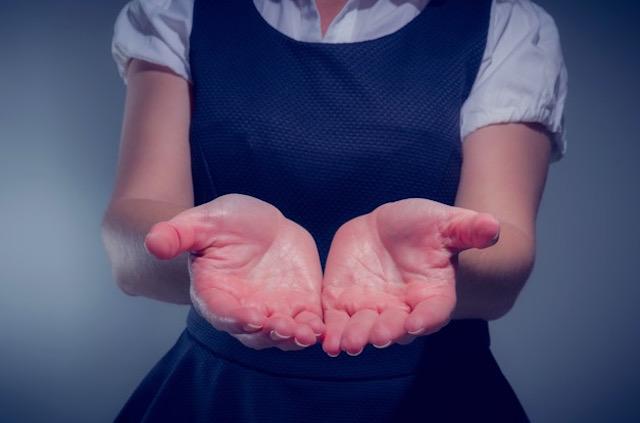 手の痺れや冷え